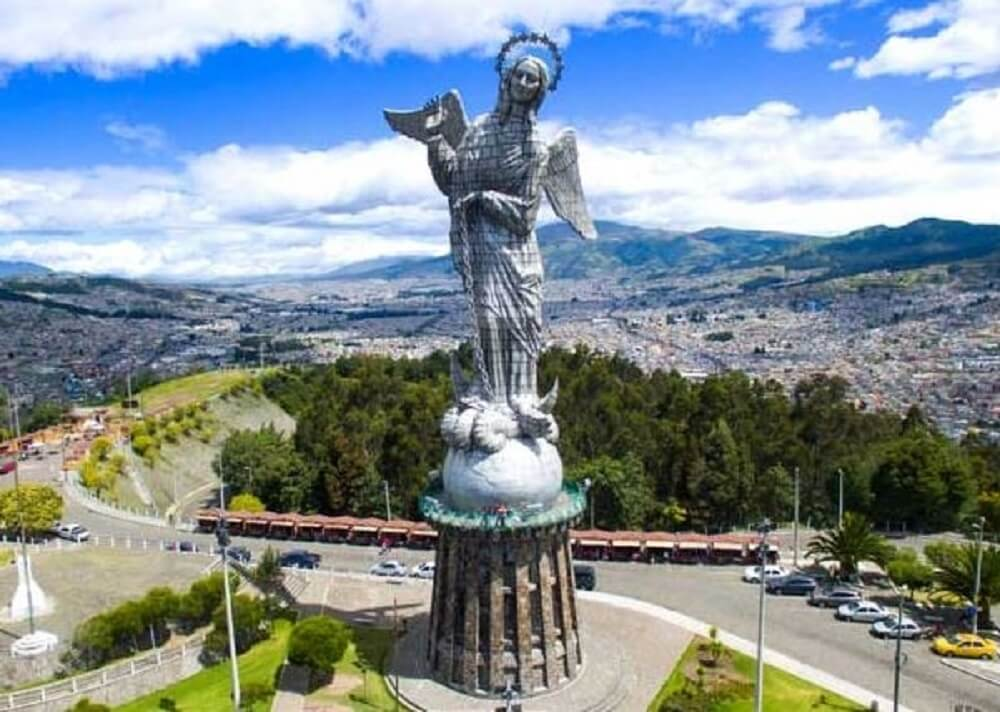 Virgen del Panecillo
