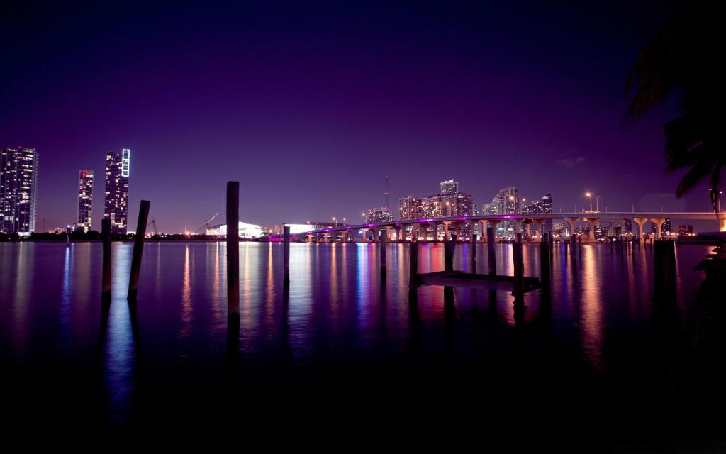 Foto noturna de Miami